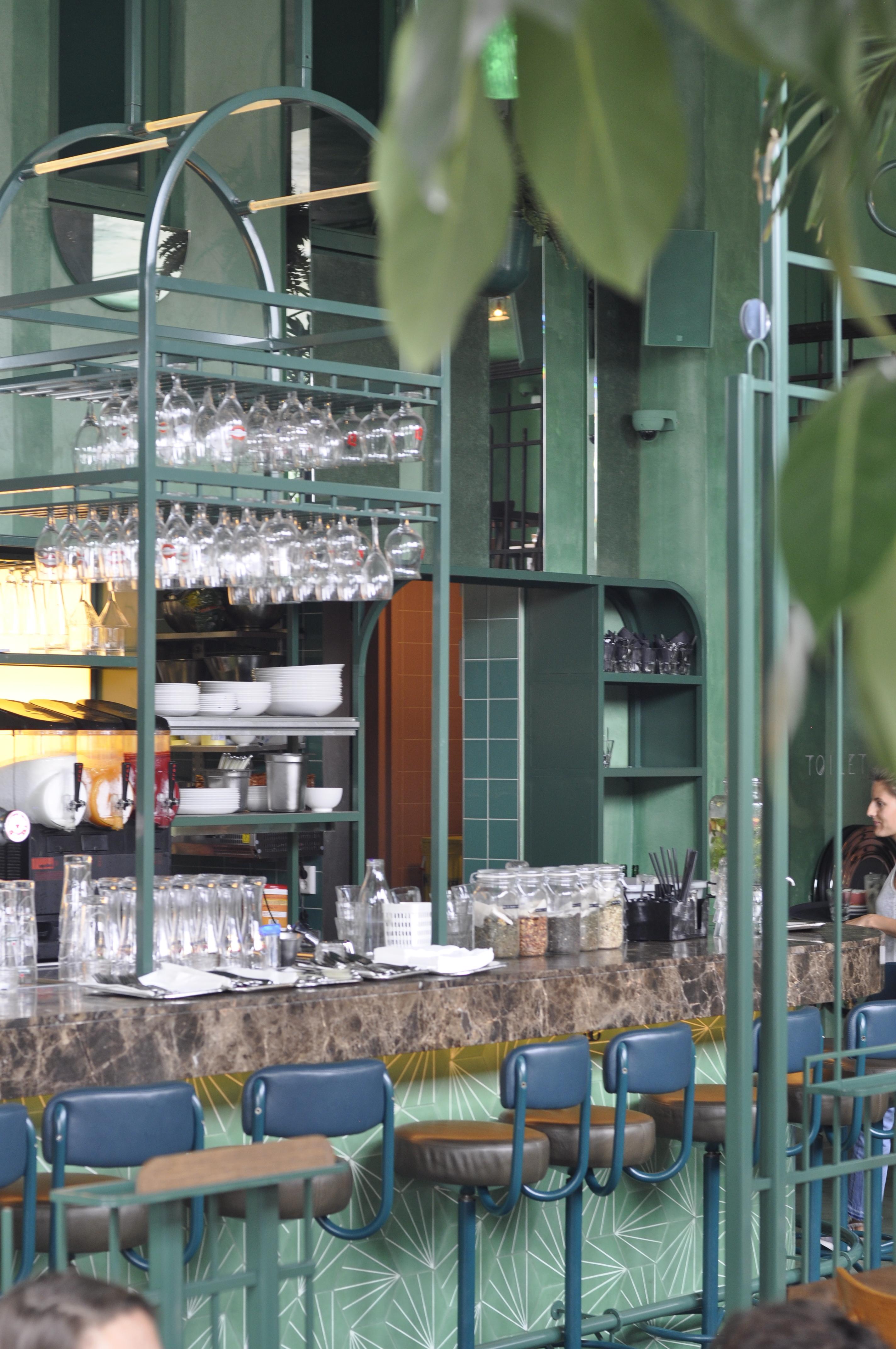 Bar Botanique- Cafe Tropique